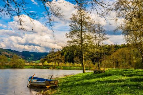 boat-1620452_1920
